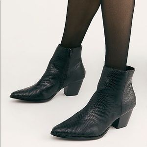 Matisse Going West Black Croc Booties 8